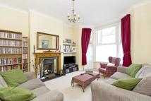 4 bed Terraced property in Graveney Road, London...