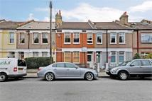 Flat for sale in Gilbey Road...