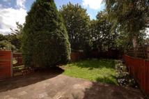 3 bedroom semi detached property in Robinson Road, Tooting...
