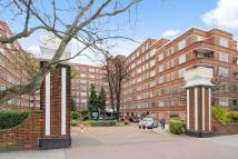 1 bed Flat in Du Cane Court...