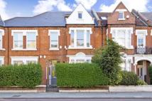Flat for sale in Trinity Road...