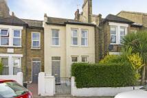 Terraced home in Alston Road, London, SW17