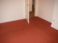 2 bed Flat in Hunter Street, Shotts...