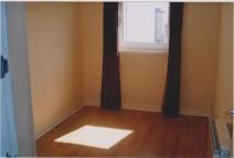 2 bedroom Flat to rent in Macdowall Street...