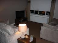 Flat to rent in Earlston Crescent...