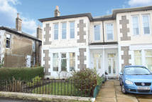 1 bedroom Flat for sale in 70 Dryburgh Avenue...