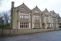 Apartment to rent in The Old Manor, Shawclough