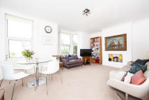 Knatchbull Road Flat to rent