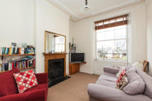 Albert Square Flat to rent