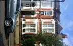 Flat to rent in Shandon Road, Clapham...