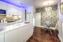 Flat for sale in Bermondsey Street, SE1