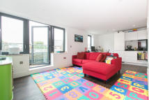 2 bedroom Flat to rent in Grange Road, SE1