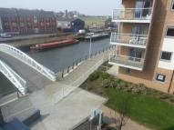 3 bed Penthouse in Walk to Essex University...