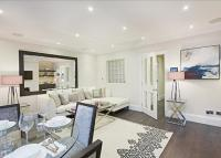 Flat to rent in Park Walk, Chelsea...