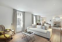 4 bed Terraced property to rent in Cheyne Row, Chelsea...