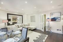 3 bedroom Flat in Park Walk, Chelsea...