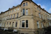 St James Square Flat to rent
