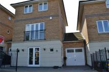 4 bed Link Detached House for sale in Stanton Square...