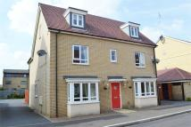 5 bed Detached house in Mid Water Crescent...