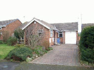Detached Bungalow in Lawnswood Close...