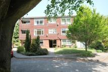 2 bed Apartment in Russell Court, Hindhead