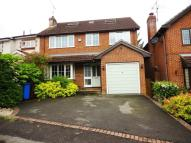 6 bed Detached property to rent in Rose Hill Binfield...