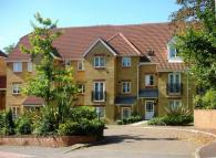 property to rent in Ashdown Close  Woking  Surrey GU22 7PG