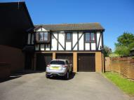 property to rent in Burton Close Windlesham Surrey GU20 6QJ