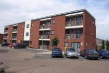 Flat to rent in Beresford Close, Lincoln...