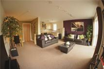 Flat to rent in Riverside Drive, Lincoln...