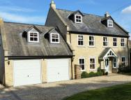 6 bedroom Detached house in Lincoln Road, Branston