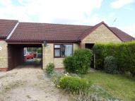 1 bed Semi-Detached Bungalow in Folkingham Close, Lincoln