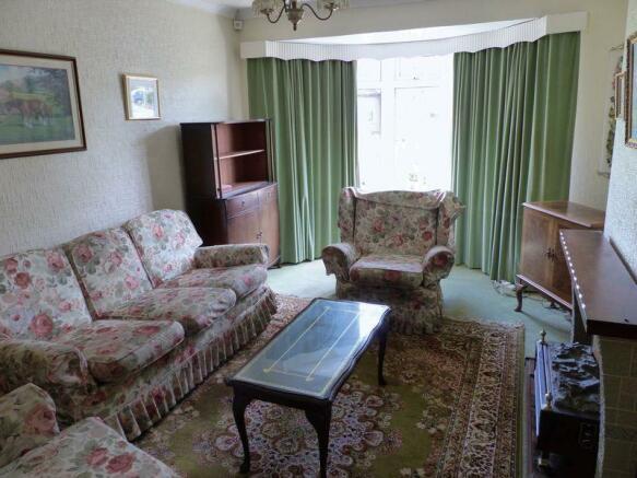 2. Lounge