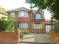 4 bedroom Detached house in Perryn Road, Acton