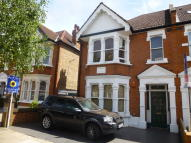 Flat for sale in Goldsmith Avenue, Acton
