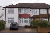 Apartment to rent in Gordon Avenue, Stanmore...