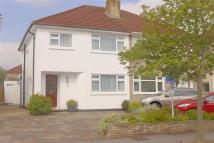 3 bed semi detached house in Kingshill Drive, Kenton...