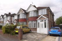 3 bed semi detached house in Ivanhoe Drive, Harrow...