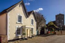 3 bedroom semi detached house in Old Woking, Surrey