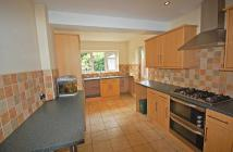 house to rent in 3 bedroom Semi Detached...
