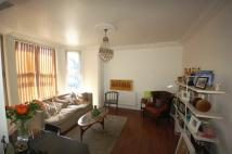 Flat to rent in Clyde Road...