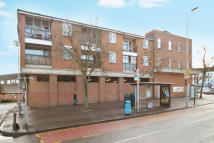 Apartment for sale in Tolworth Close, Tolworth