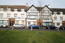 1 bedroom Flat in Gilders Road, Chessington