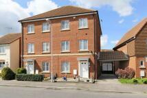 4 bedroom semi detached home to rent in Argent Way...