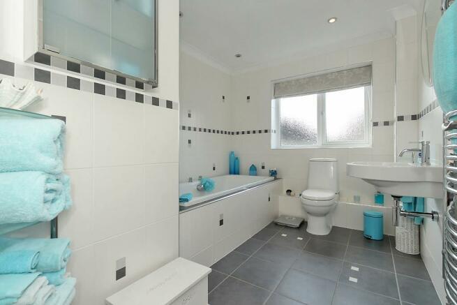 Rose-Bathroom.jpg