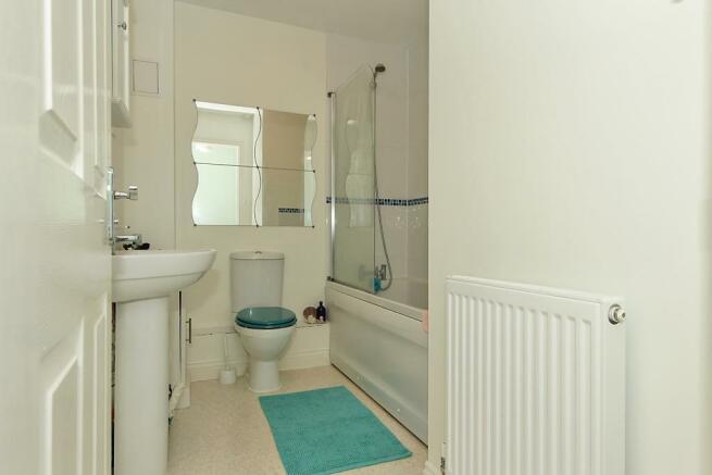 Carn-Bathroom.jpg
