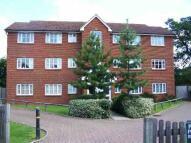 Flat to rent in Borehamwood, Herts