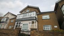Apartment to rent in Laleham Road, Staines...