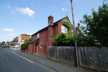 4 bedroom Detached house in Spencers Road, Horsham