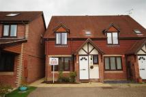 2 bed semi detached property for sale in Horsham